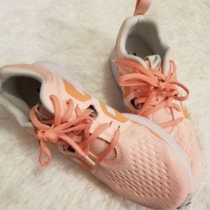 Adidas Edgebounce Orange Sneakers Size 9